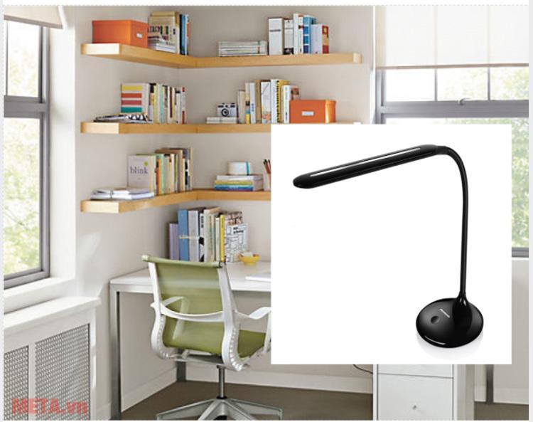 Đèn bàn led Panasonic NNP60941 (Màu đen)
