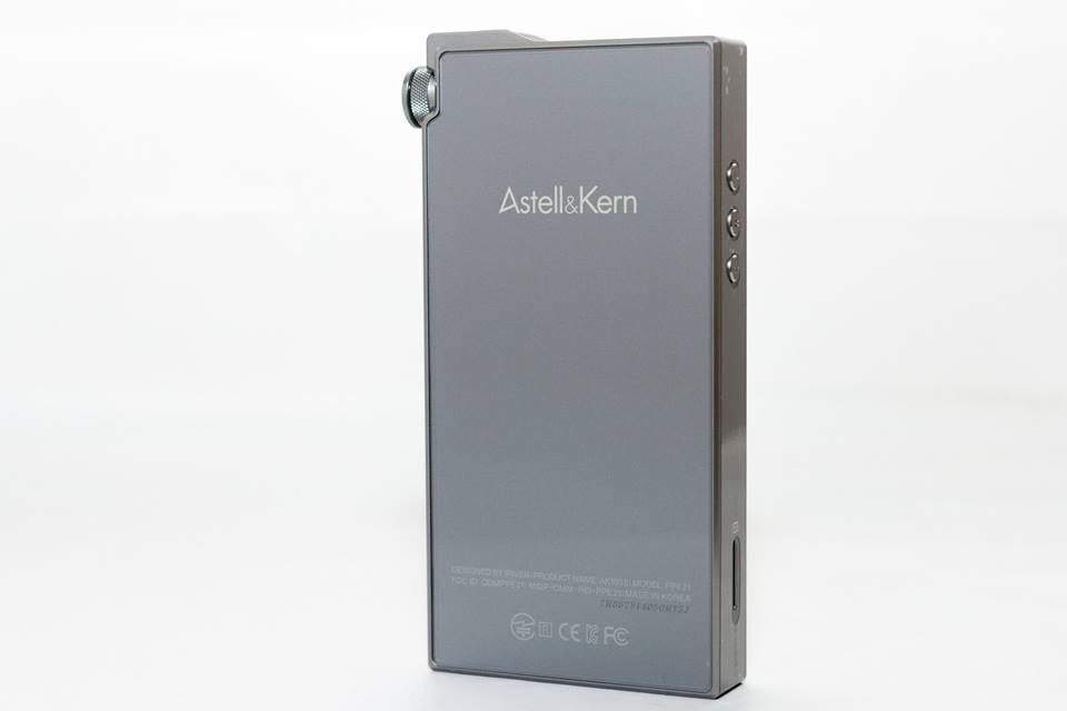 Astell & Kern AK240 Gold