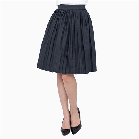 Chân váy xòe dập ly đen