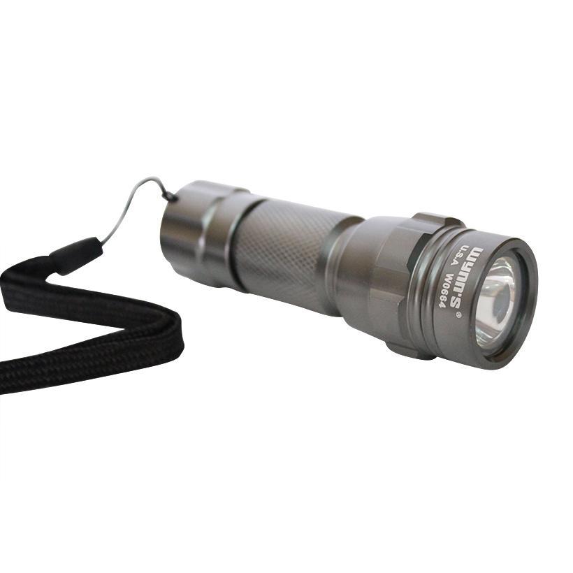 Đèn pin bóng LED chống nước Wynn's W0664 100 lumen (Bạc)