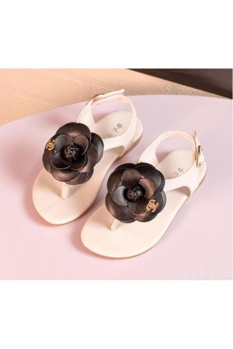 Sandal bé gái SDBG1 (Trắng hoa đen)