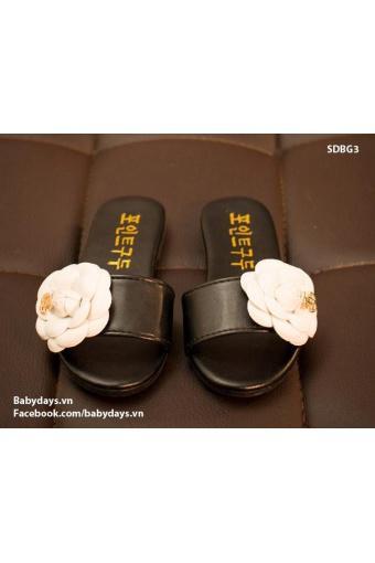 Sandal bé gái SDBG3 (Đen hoa trắng)