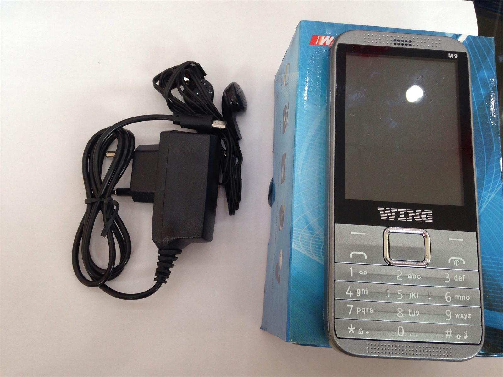 Điện thoại Wing M9
