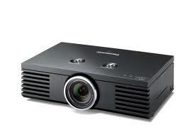 Máy chiếu Panasonic PT-AE4000E