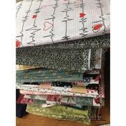 Vải thô chấm bi nền nâu