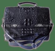 Túi xách nam da cá sấu Hoa Cà nguyên con - A0068