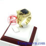 Nhẫn nam vàng tây bọc rồng đá sapphire