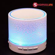 Loa bluetooth đa năng A9 có đèn Led nháy theo nhạc (Trắng)