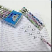 Hộp bút bi ma thuật xóa được 12 chiếc