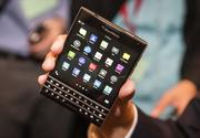 Điện thoại  Blackberry Passport - Quốc tế - Trôi bảo hành