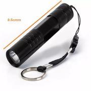 đèn pin mini cầm tay