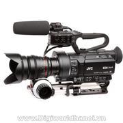 Máy quay chuyên dụng 4K Compact Handheld Super 35mm JVC GY-LS300
