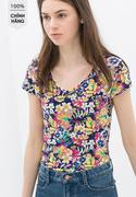 Áo thun Zara cổ tim in hoa màu xanh đen