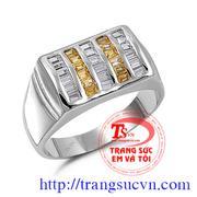 Nhẫn nam gắn kim cương và Saphir Vàng