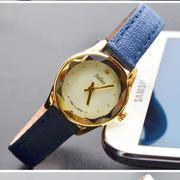 Đồng hồ nữ dây da Julius JU1128