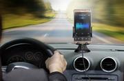 Sạc điện thoại không dây kèm giá đỡ trên ô tô