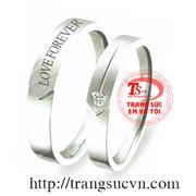 Nhẫn cưới khắc chữ