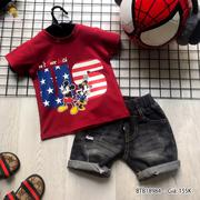 Set áo thun in chuột US quần jeans wash rách lưng thun dễ thương cho bé trai 3 - 10 Tuổi BTB18983