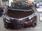 Toyota Corolla Altis 2.0 V 2017
