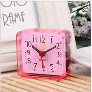 Đồng hồ báo thức để bàn máy QUARTZ