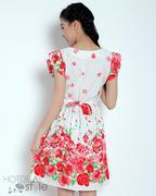 Đầm Dạo Phố Họa Tiết Hoa Màu Kem Bông Đỏ